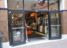 Miami, am 9. August: Bayside-Einkaufszentrenspeicher von Miami in Florida USA stockfotos