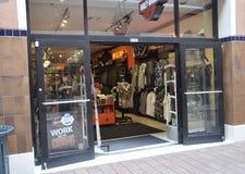 Miami august 9th: Bayside köpcentrumlager från Miami i Florida USA Arkivfoton