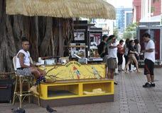 Miami august 9th: Bayside kiosk från Miami i Florida USA arkivbilder