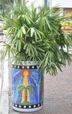 Miami august 9th: Lilla Havana Community Street Flower från Miami i Florida USA Arkivbilder