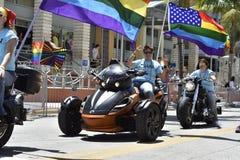 MIAMI BEACH, ФЛОРИДА, 9-ое апреля 2016 - гей-парад Стоковые Изображения