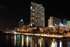 Miami Beach alla notte, Florida Immagini Stock