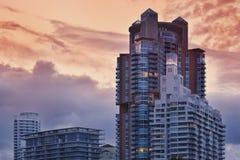 Miami Beach andelsfastigheter på solnedgången Royaltyfria Foton