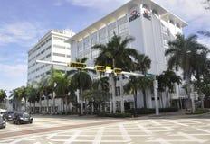 Miami Beach FL, Augusti 09.: I stadens centrum bank från Miami Beach i Florida USA Fotografering för Bildbyråer