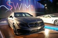 MIAMI BEACH, FL - 18 DE JULIO: Una vista general de la atmósfera en Mercedes-Benz Fashion Week Swim 2014 oficial golpea apagado el Foto de archivo