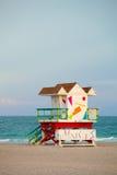 Miami Beach Florida, art décolivräddarehus Arkivbilder