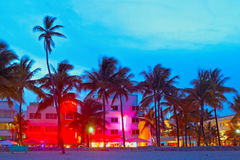 Miami Beach-, Florida-Hotels und Restaurants bei Sonnenuntergang lizenzfreie stockfotos