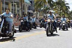 MIAMI BEACH, FLORIDA, o 9 de abril de 2016 - orgulho alegre imagem de stock