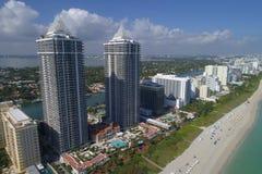 Miami Beach highriseandelslägenheter Royaltyfri Fotografi