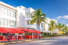 Miami Beach, la Floride, Etats-Unis sur la commande d'océan images stock