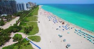 Miami Beach, spiaggia del sud florida U.S.A. stock footage