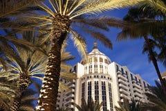 Miami- Beacharchitektur lizenzfreie stockfotografie