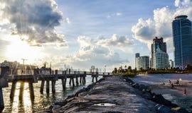 Miami- Beachsonnenuntergang Lizenzfreie Stockfotos