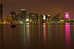 Miami bij Nacht Stock Afbeeldingen