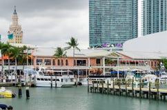 Miami, cubiertas, restaurante y barcos céntricos fotografía de archivo libre de regalías