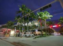 MIAMI, FL - 31 DE JANEIRO: Estrada de Lincoln, leste-w running da estrada pedestre Fotos de Stock Royalty Free