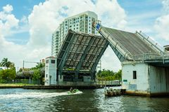 Miami flodCityscape Arkivfoton