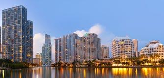 Miami Florida, Brickell och i stadens centrum finansiella byggnader Royaltyfria Bilder