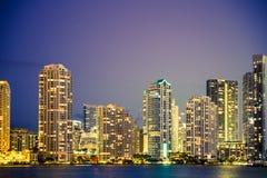 Miami Florida horisont och fjärd och reflexioner Fotografering för Bildbyråer