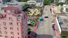MIAMI FLORIDA, USA - JANUARI 2019: Flyg- flyg f?r surrpanoramasikt ?ver Miami Beach stadsmitt arkivfilmer