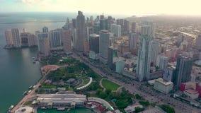 Miami Florida, USA - Januari 2019: Flyg- surrsiktsflyg ?ver det Miami Edgewater omr?det p? den Biscayne fj?rden arkivfilmer