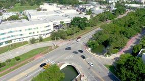 MIAMI, FLORYDA, usa - STYCZE? 2019: Powietrzny trute? panoramy widoku lot nad Miami pla?owy centrum miasta zbiory wideo