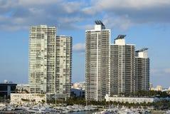 Miami-Höhen-Anstiege lizenzfreies stockbild