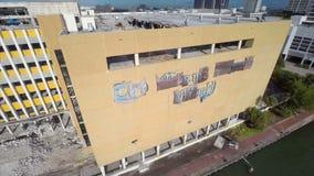 Miami Herald-Gebäudezerstörung 3 stock video footage