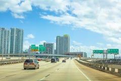 Miami i stadens centrum huvudväg Royaltyfria Bilder