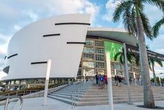MIAMI - JANUARI 12, 2016: American Airlines arenastadion på solen Fotografering för Bildbyråer
