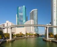 Ciudad de los edificios céntricos de Miami la Florida Imagen de archivo