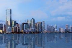 Miami linia horyzontu przy zmierzchem Zdjęcia Stock