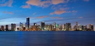 Miami linia horyzontu przy półmrokiem Obraz Royalty Free