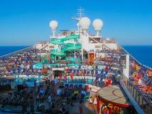 Miami, los E.E.U.U. - 12 de enero de 2014: Carnaval Glory Cruise Ship Fotos de archivo