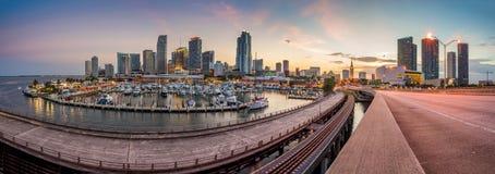 Miami miasta linii horyzontu panorama przy zmierzchem Obrazy Royalty Free