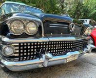 MIAMI OKTOBER - 2018: Motorn samlar av gamla bilar royaltyfria foton