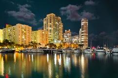 Miami plaży Marina w nocy Obrazy Royalty Free