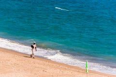MIAMI PLATJA, ESPANHA - 13 DE SETEMBRO DE 2017: Vista do Sandy Beach Mont-roig del Acampamento Copie o espaço para o texto Fotografia de Stock