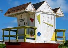 Miami ratownika plażowego typowego domu baywatch kolorowi południe wyrzucać na brzeg zdjęcie royalty free