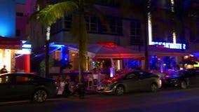 Miami-Südstrandozean-Antriebspanorama 4k Florida USA des berühmten Nachtlichtes stock video footage