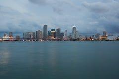 Miami-Schacht mit Jetskis Stockfoto