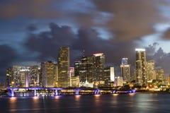 Miami-Schacht mit Jetskis Lizenzfreie Stockbilder
