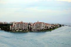 Miami sikt på Fisher Island royaltyfri fotografi