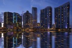 Miami-Skyline in der Dämmerung Stockbild