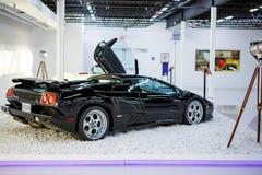 Miami ställer ut det auto museet en samling av tappning- och biobilar, cyklar och motorcyklar Royaltyfria Bilder