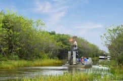 Miami, U.S.A., 12/29/2013, airboat di giro nei terreni paludosi Immagini Stock Libere da Diritti