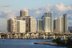 Miami-Wolkenkratzer lizenzfreie stockfotos