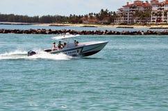 Miamii-Strand-Polizei-Patrouillenboot lizenzfreie stockfotos