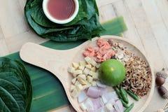 Miang Kham - liścia opakunku zakąska jest wyśmienicie Obrazy Royalty Free