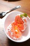 Miarka pomarańczowy lody Fotografia Royalty Free